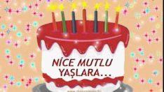 Pastalı, Mum ışıklı doğum günü kutlaması