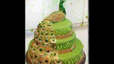 Tavus Kuşu Pastası ile Doğum Günü Kutlama